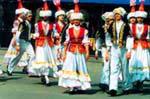 Традициональная одежда женщин Казахстана